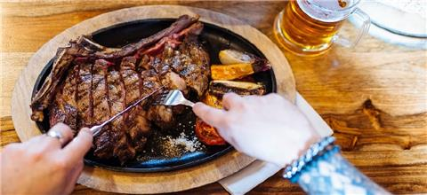 הבוקרים - מסעדת בשרים במרום גולן