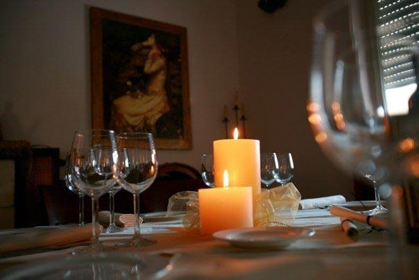 ארוחה לאור נרות