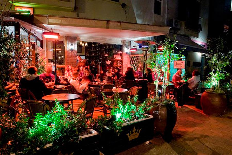 בית קפה בר יין
