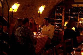 תמונה של מרתף היין העתיק - 1