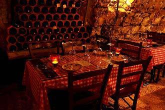 תמונה של מרתף היין העתיק - 5