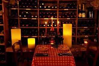 תמונה של מרתף היין העתיק - 3