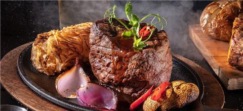 ראנץ' האוס  - מסעדת בשרים בעין בוקק