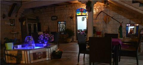 אל יאסמין - מסעדה מזרחית במג'דל שמס