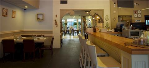 הצרפתיה הקטנה - בית קפה בעפולה