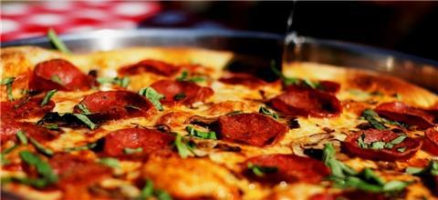 שבתאי פיצה ובירה  - מסעדה איטלקית באבן יהודה