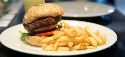 בורגר סאלון Burger Saloon - מסעדת המבורגרים בזכרון יעקב