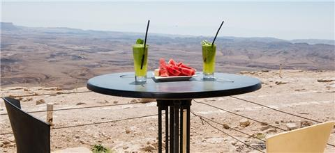 צוקים - מסעדה ים תיכונית במצפה רמון
