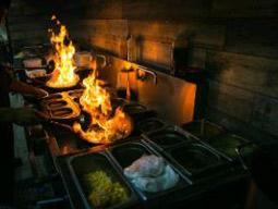תודה שבאת: ארוחה במסעדת טאיה