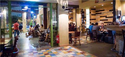שבתאי פיצה ובירה  - מסעדה איטלקית בקיסריה