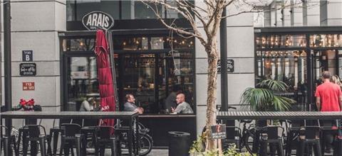 עראיס - מסעדת בשרים במתחם שרונה, תל אביב