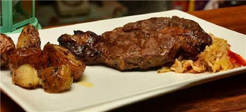 מיקסטו - מסעדת בשרים במג'דל שמס