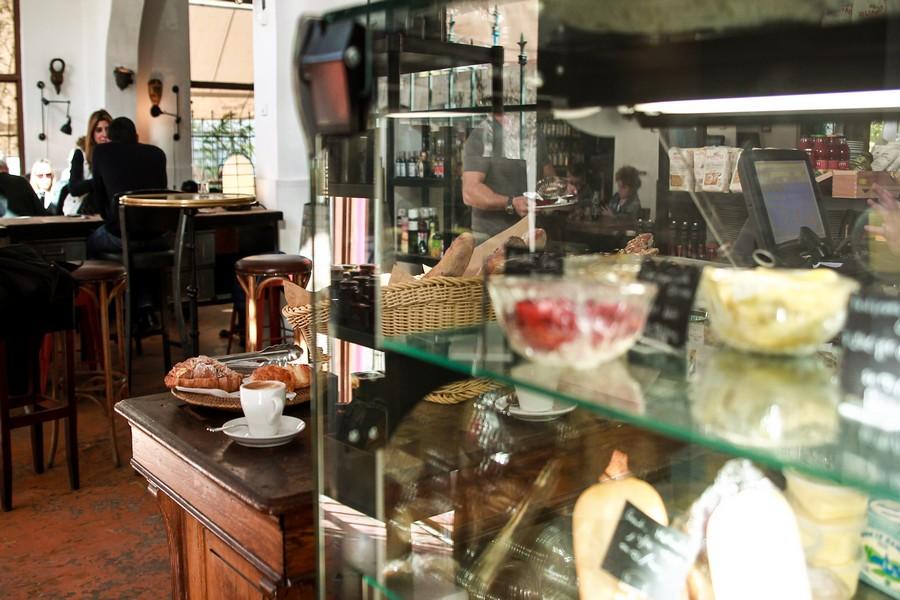 קפה מסעדה ביפו
