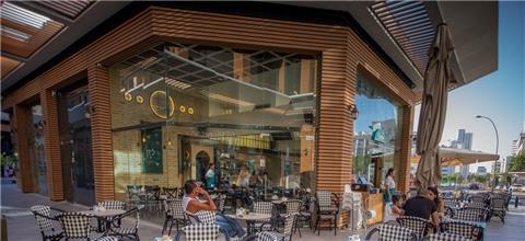 ליון - בית קפה בשפלה