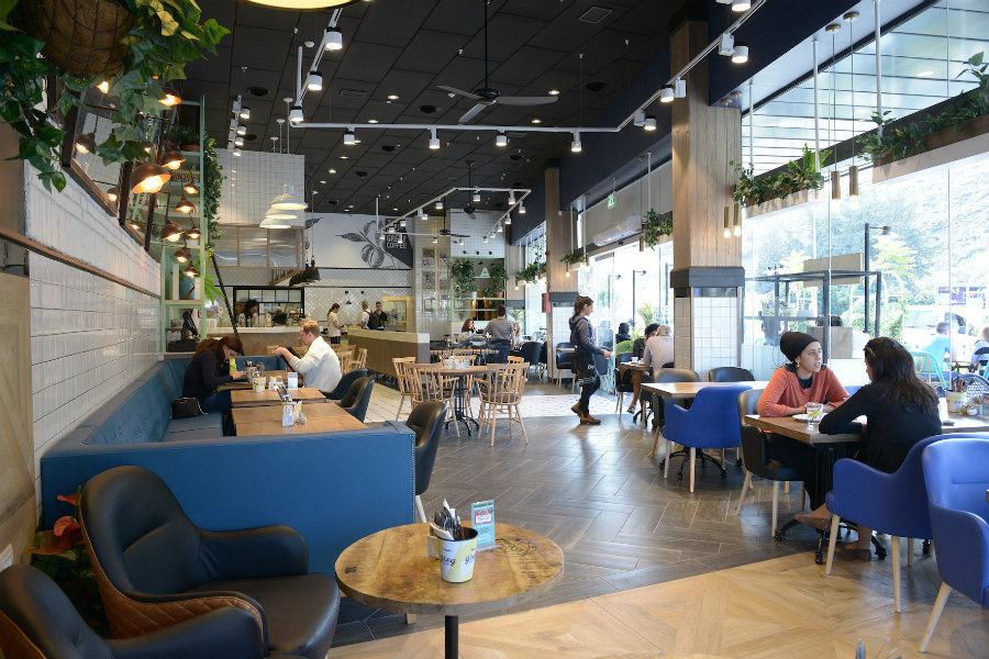 בית קפה בצומת הצ'ק פוסט
