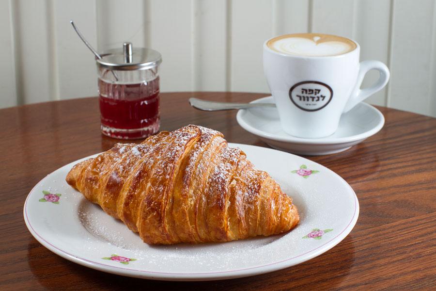 תמונה של קפה לנדוור,איילנד - 5