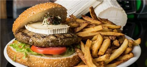 יומנגס - מסעדת המבורגרים בתל חנן, נשר