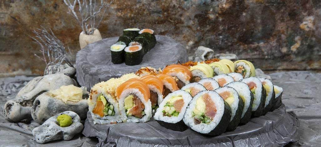 תמונת רקע קאן-קאי סושי ומטבח אסייאתי