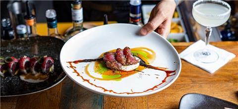 סלאס - מסעדת קונספט ביפו, תל אביב