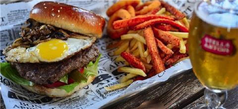 קיי בורגר K burger שעל - פאב-בר בשעל