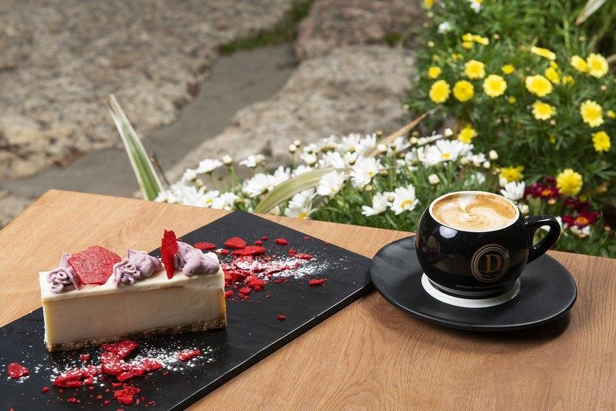 תמונה של הולי קפה - holy cafe - 4