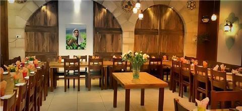 סנדיאן - מסעדה מזרחית בבית ג'ן