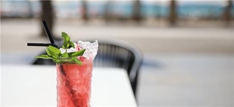 תלסה - מסעדה ים תיכונית במרכז