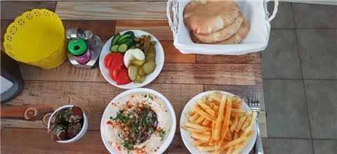 חומוס אל סאחה - מסעדה בדאלית אל-כרמל