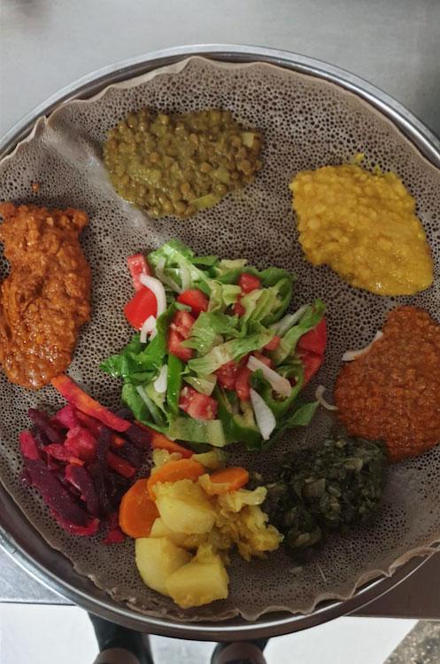 תמונה של מסרקיוי מסעדה אתיופית - 3