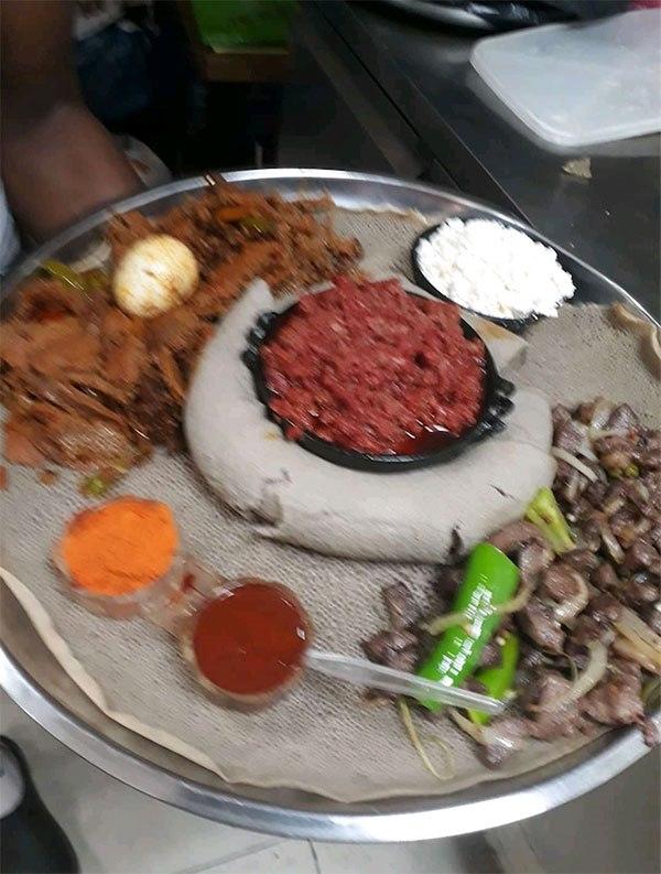 תמונה של מסרקיוי מסעדה אתיופית - 1