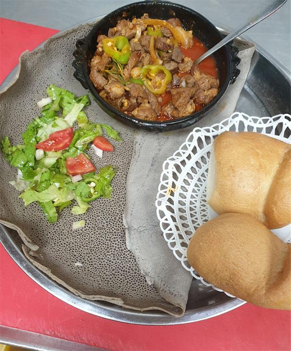 תמונה של מסרקיוי מסעדה אתיופית - 4
