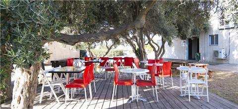 לחמשה - בית קפה ביהודה ושומרון
