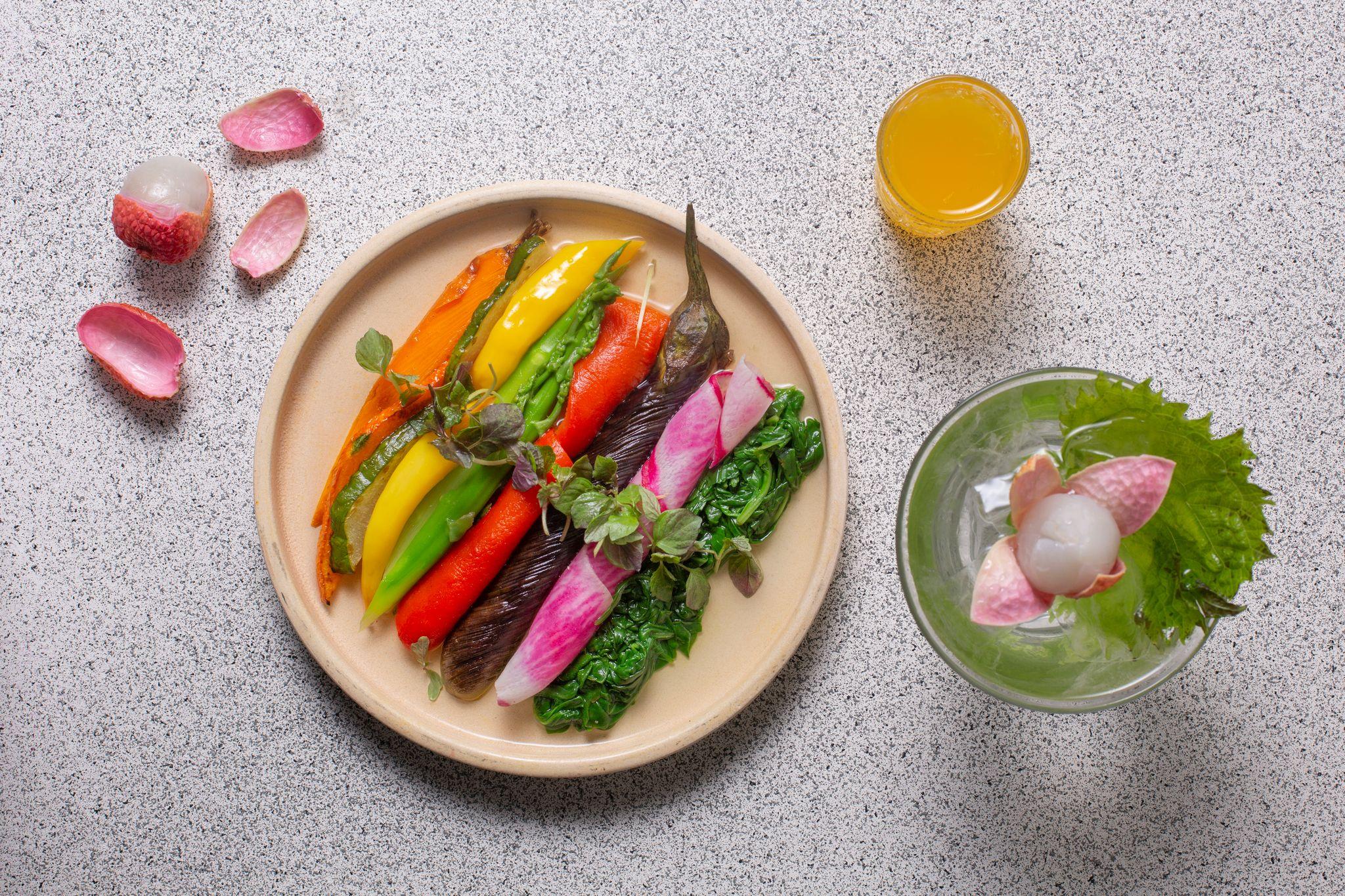 ארוחה צבעונית בקיטו קאטו (צילום: דרור עינב)