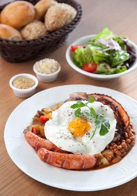 """ארוחת בוקר אנגלית. בנדיקט (צילום: יח""""צ)"""