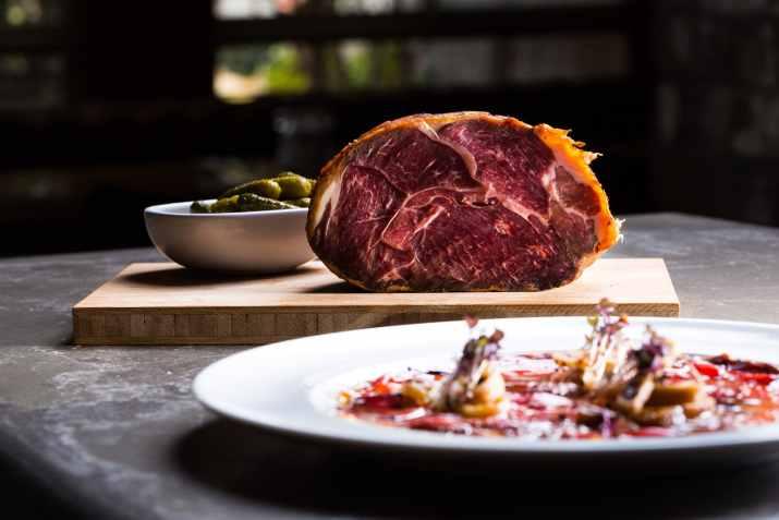 בשר במסעדת טיביס (צילום: באדיבות המקום)