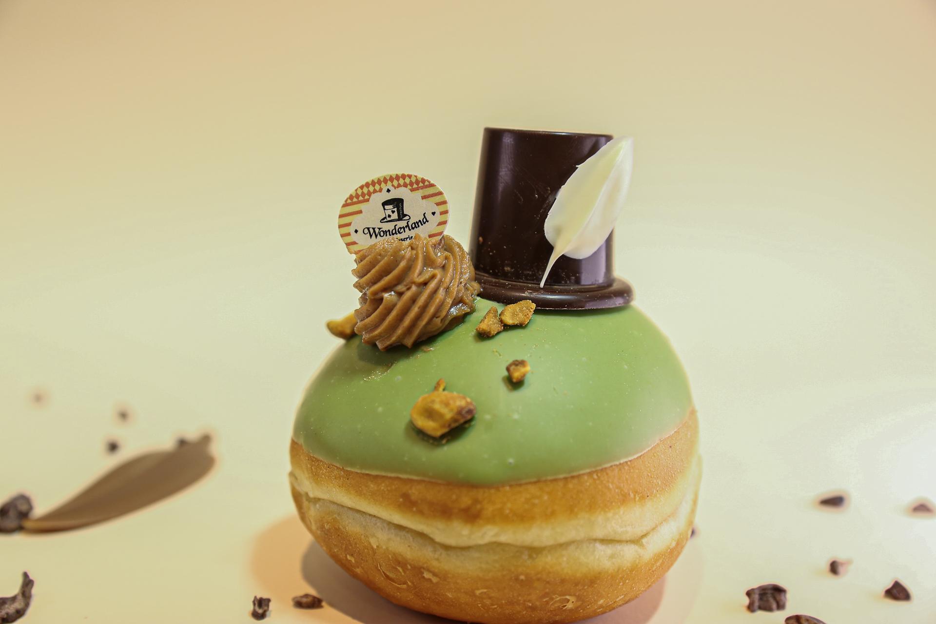 סופגניית הכובען של וונדרלנד פטיסרי (צילום: באדיבות המקום)