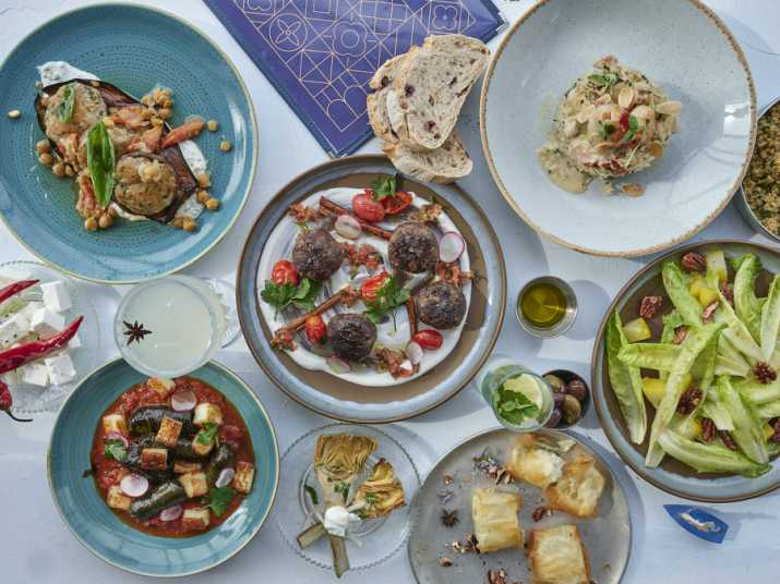 מסעדת קלמטה (צילום: אנטולי מיכאלו)