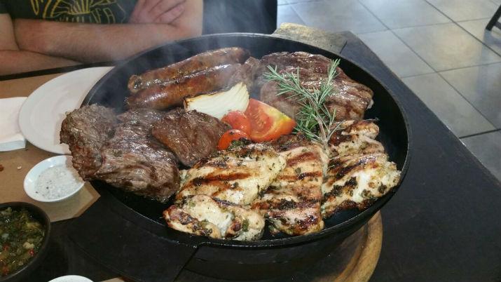 הפארישה הארגנטינאית - גריל בשרים