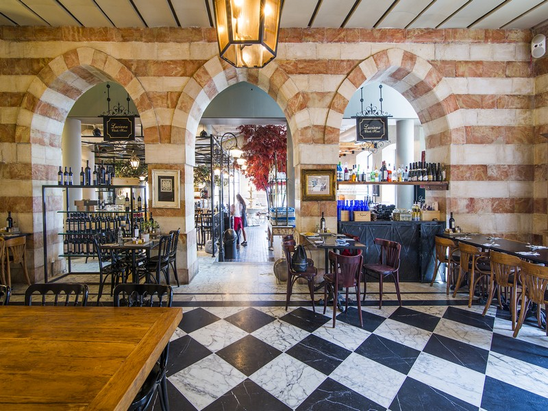 המסעדה הראשונה שפעלה בממילא. לוצ'נה