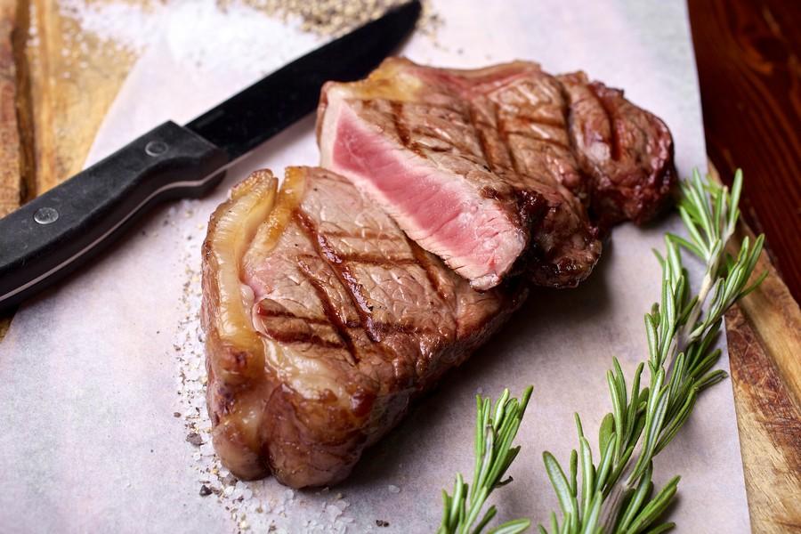 רק בשר