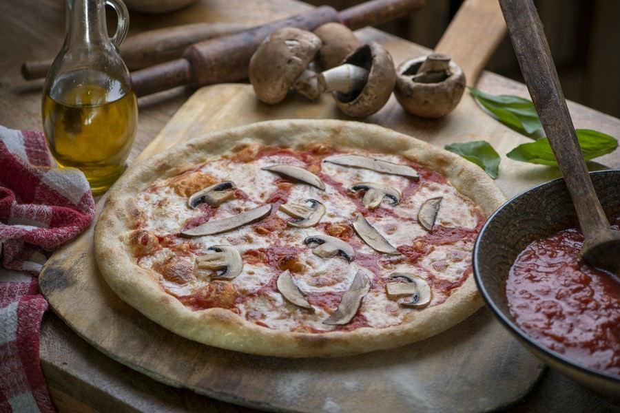 פיצה פונגי של אנג'לינה פיצה ופסטה (צילום: באדיבות המקום)