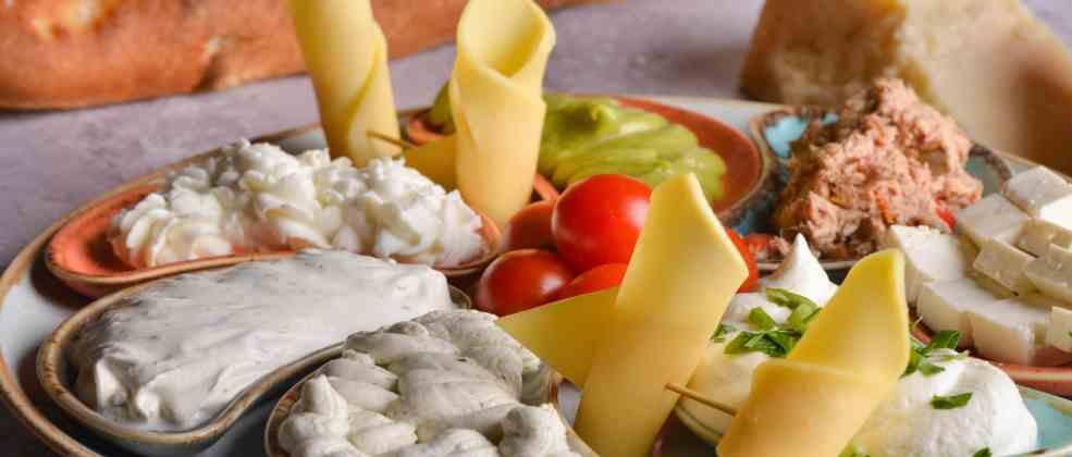 פסטה וגבינות בסורנטו (צילום: באדיבות המקום)