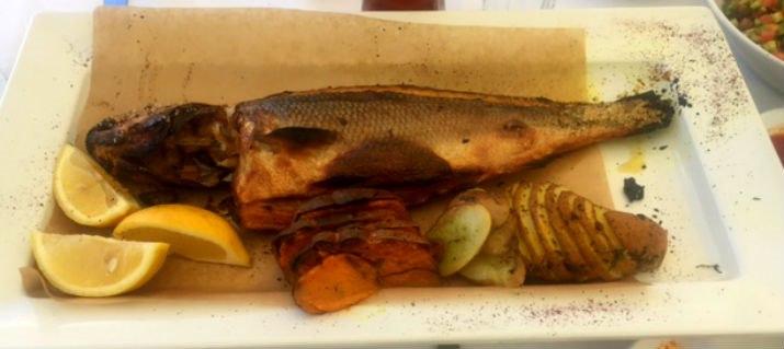 לא האמנו כמה שדג יכול להיות טעים. בר ים בבני הדייג