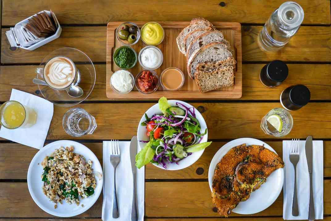 ארוחת בוקר בקפה אנסטסיה (צילום: אסף קרלה)