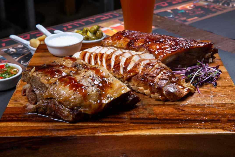 בשר במסעדת בישיקיו משמר העמק (צילום: באדיבות המקום)