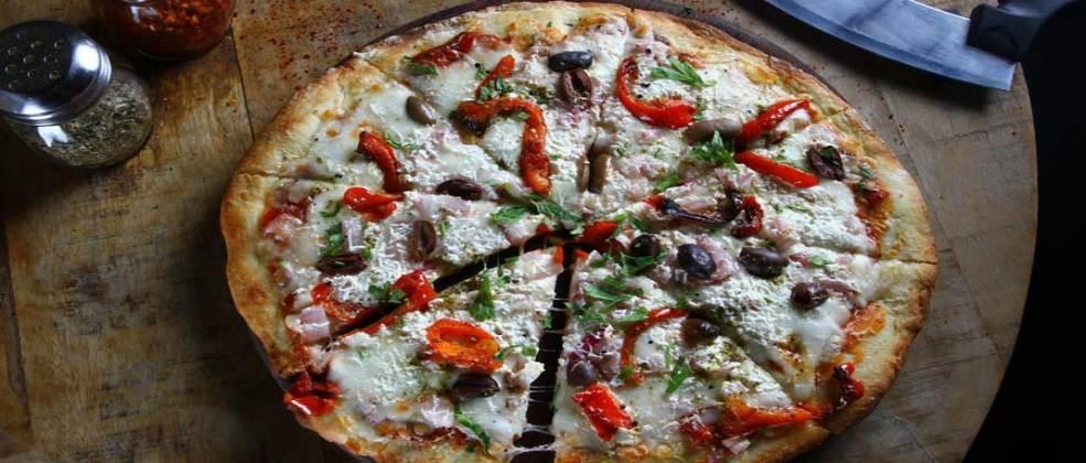 פיצה של פלורנטינה (צילום: באדיבות המקום)