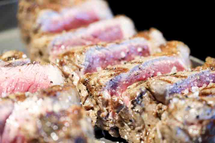בשר במסעדת מיטשוס (צילום: באדיבות המקום)