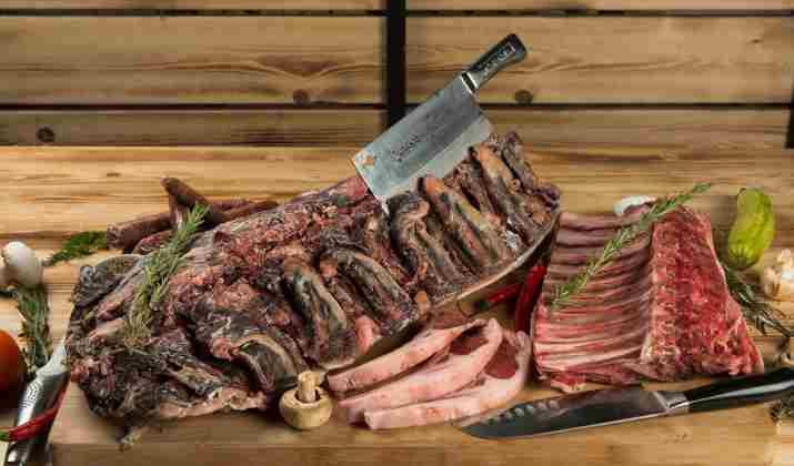בשר במסעדת קרנווין נתניה (צילום: דרור ורשבסקי)