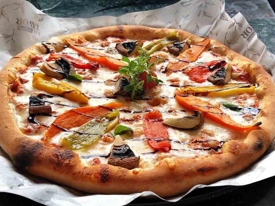 פיצה במסעדת לה תבור (צילום: באדיבות המקום)