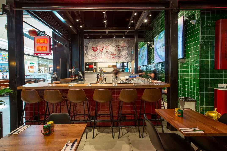 חלל מסעדת פורטו מיט ראשון לציון (צלם: עידן גור)
